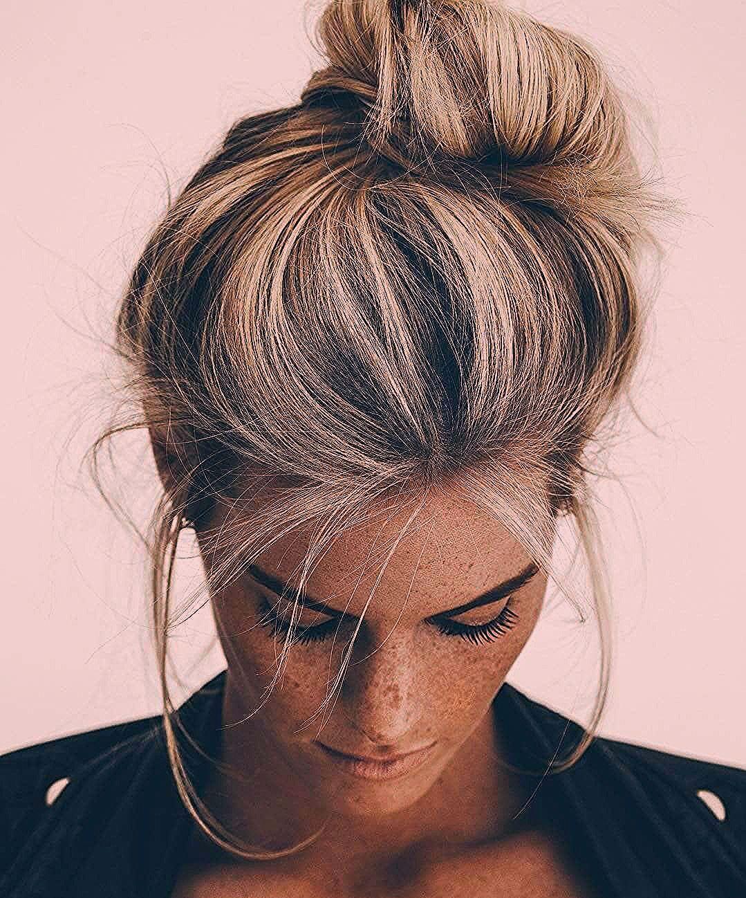50 schicke unordentliche Brötchen Frisuren - Neue Damen Frisuren