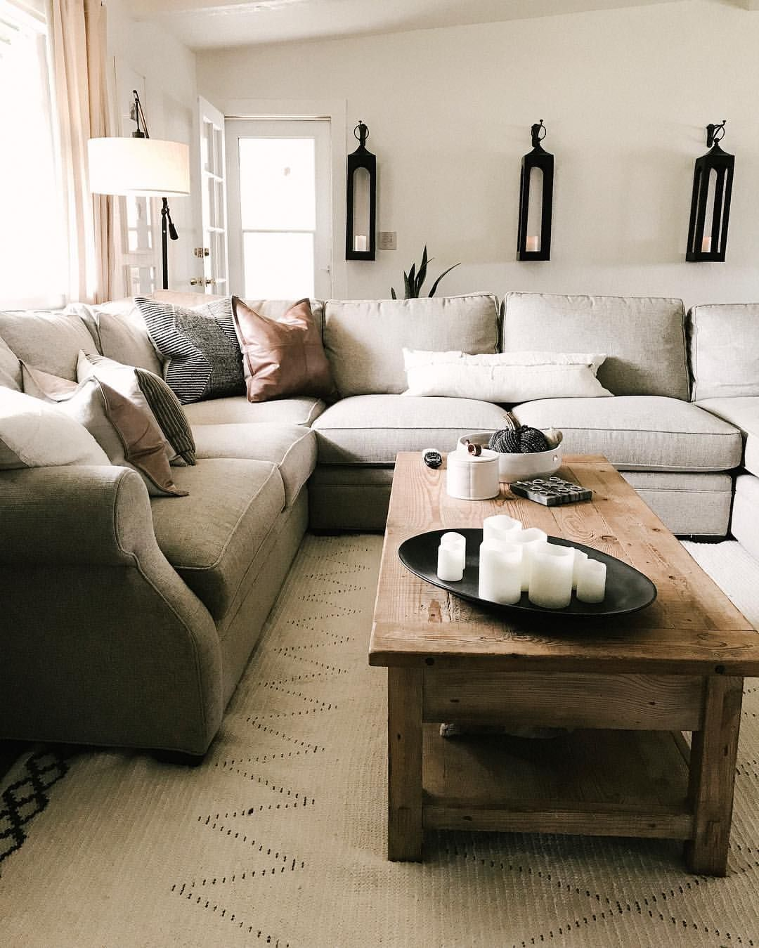 Reclaimed Wood Coffee Table Living Room Decor Coffee Table Styling Sectional Leather Pillow Living Room Pillows Living Room Throws Sectional Living Room Layout
