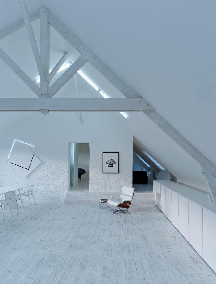 Loft contemporain / Minimaliste / blanc / épuré / intérieur moderne ...