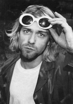 Cobain Sunglass Shape Matching Tinted Lenses I E Pink On Pink Kurt Cobain Nirvana Kurt Cobain Donald Cobain