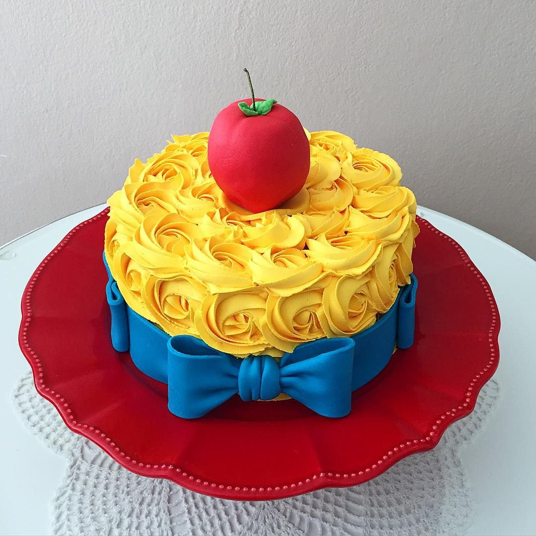 15 Snow White Birthday Party Ideas Snow White Birthday Party Snow White Birthday Snow White Party