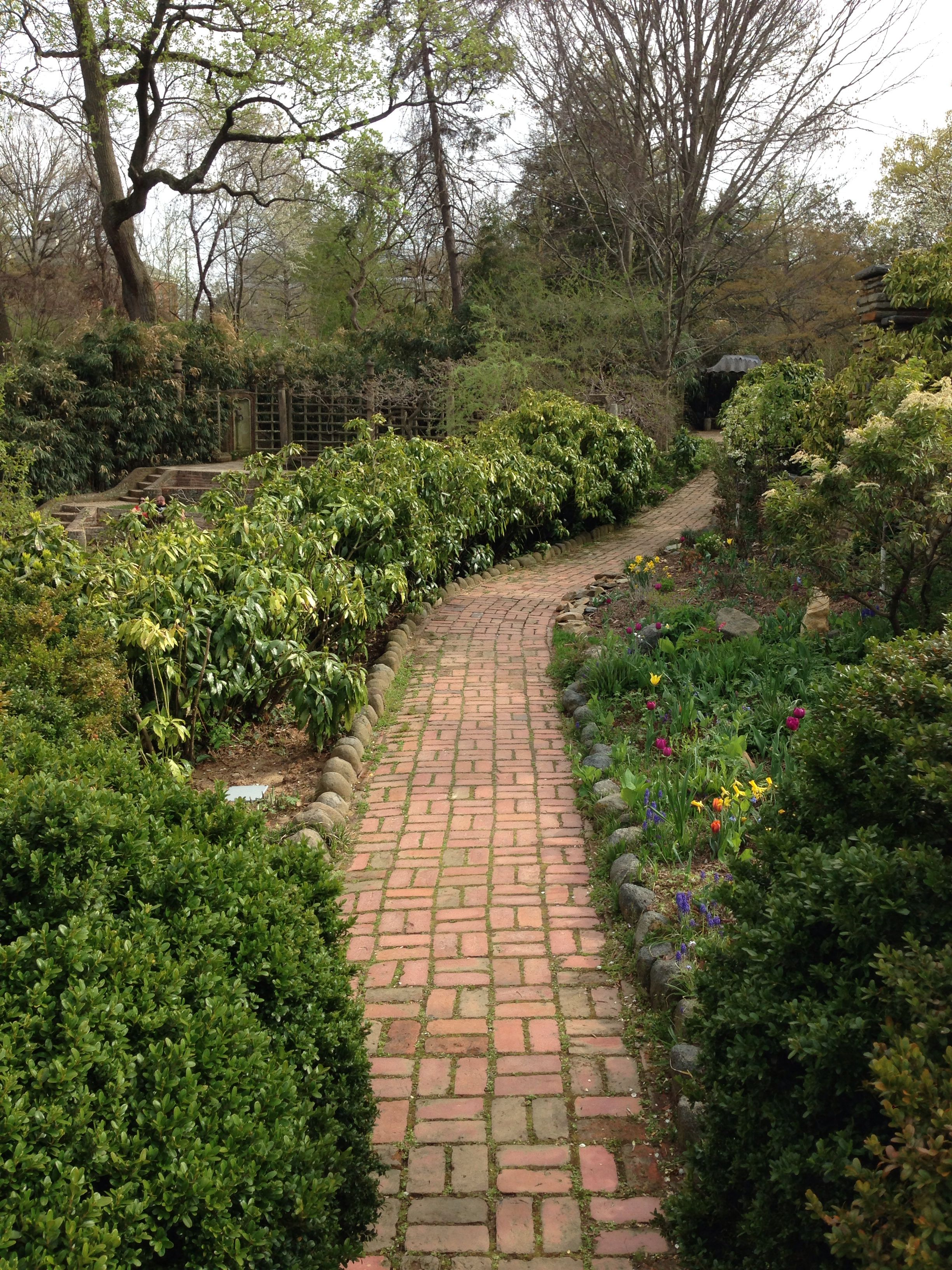 Dumbarton Oaks | Path | Pinterest