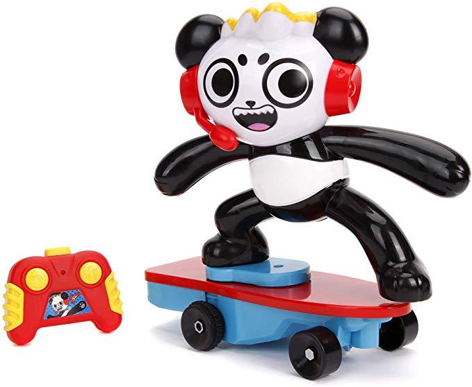 Amazon Com Jada Toys Ryan S World Toy Review Combo Panda Wheely Popping Stunt Skateboard Rc Remote Contro Ryan Toys Jada Toys Boys First Birthday Party Ideas