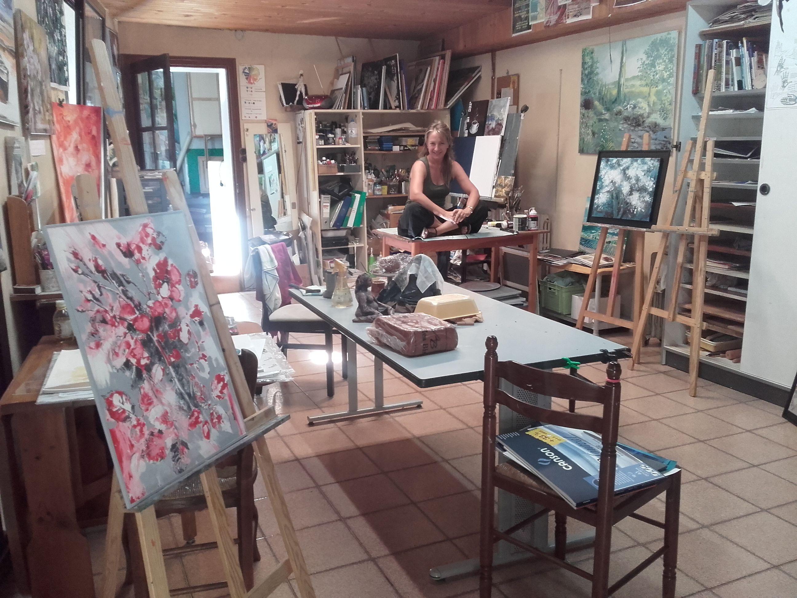 Estagel Journee Porte Ouverte A L Atelier De Marguerite Briu Journee Portes Ouvertes Porte Ouverte Caveau