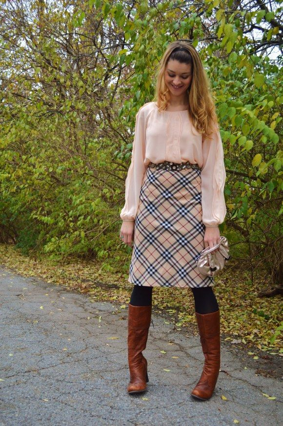 Fall outfits: Blush with Burberry plaid skirt | Preppy | Pinterest ...