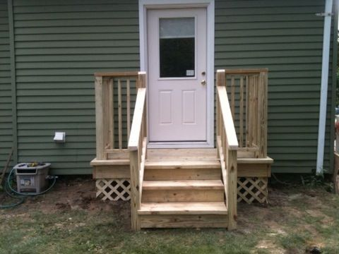 Best Simple Front Porch With Steps And Landing Curb Appeal 400 x 300