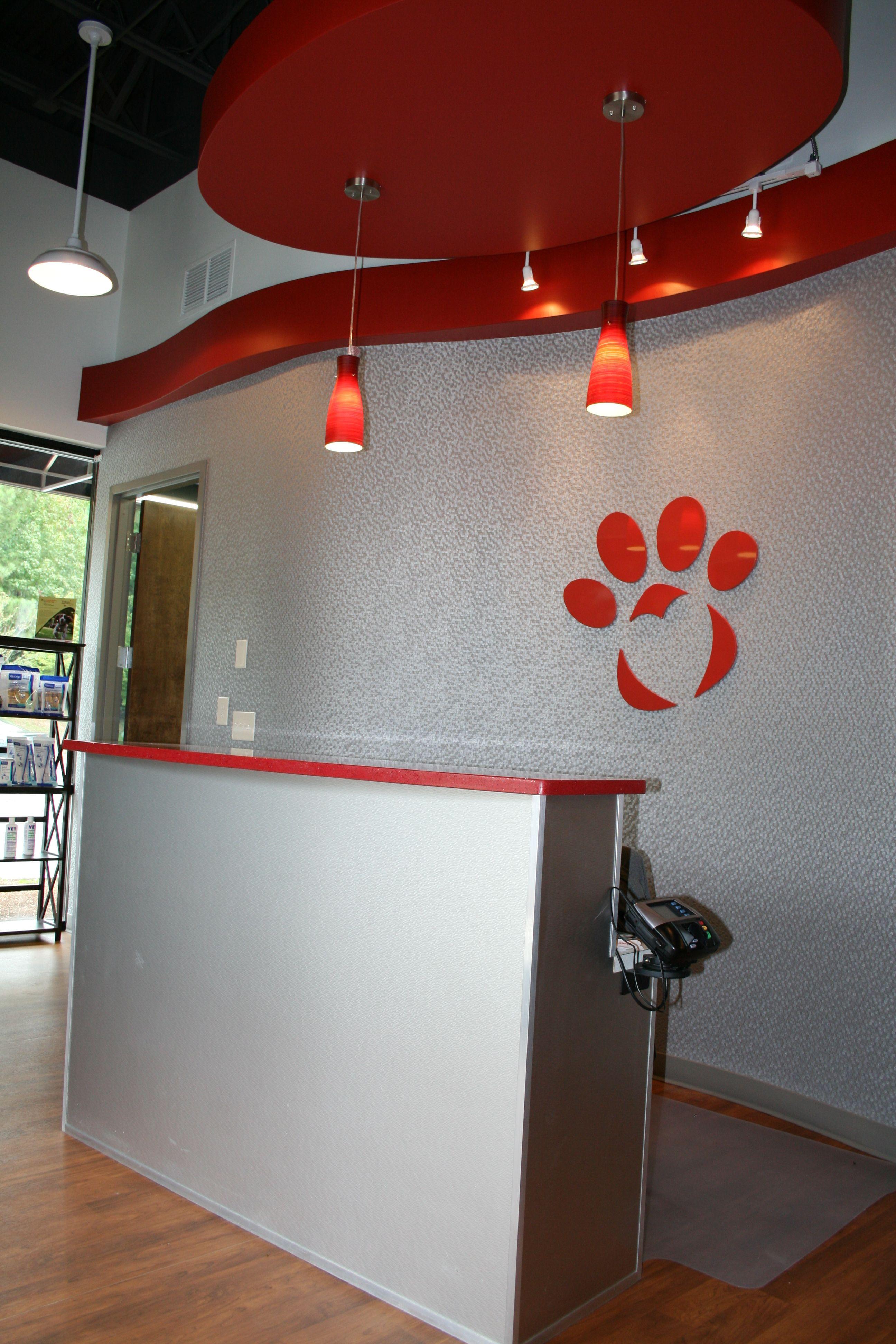 Repinned Johns Creek Vet Tienda De Mascotas Tienda De Perros Decoracion Veterinaria