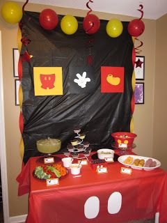 Mickey Mouse Table Cloth Make Ears For The Wall Put Happy Bday