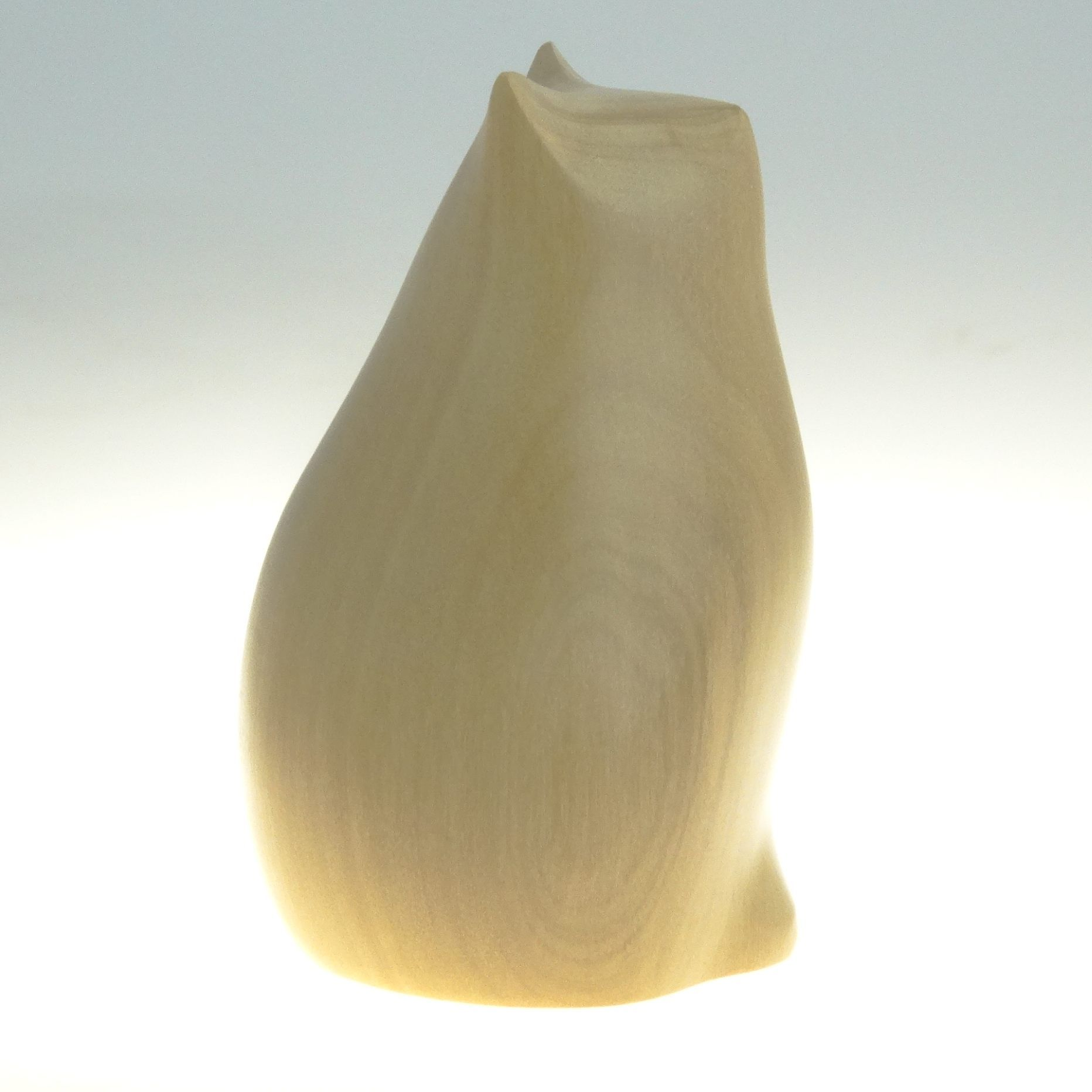 Fat cat by perry lancaster pyramid gallery minimal sculpture