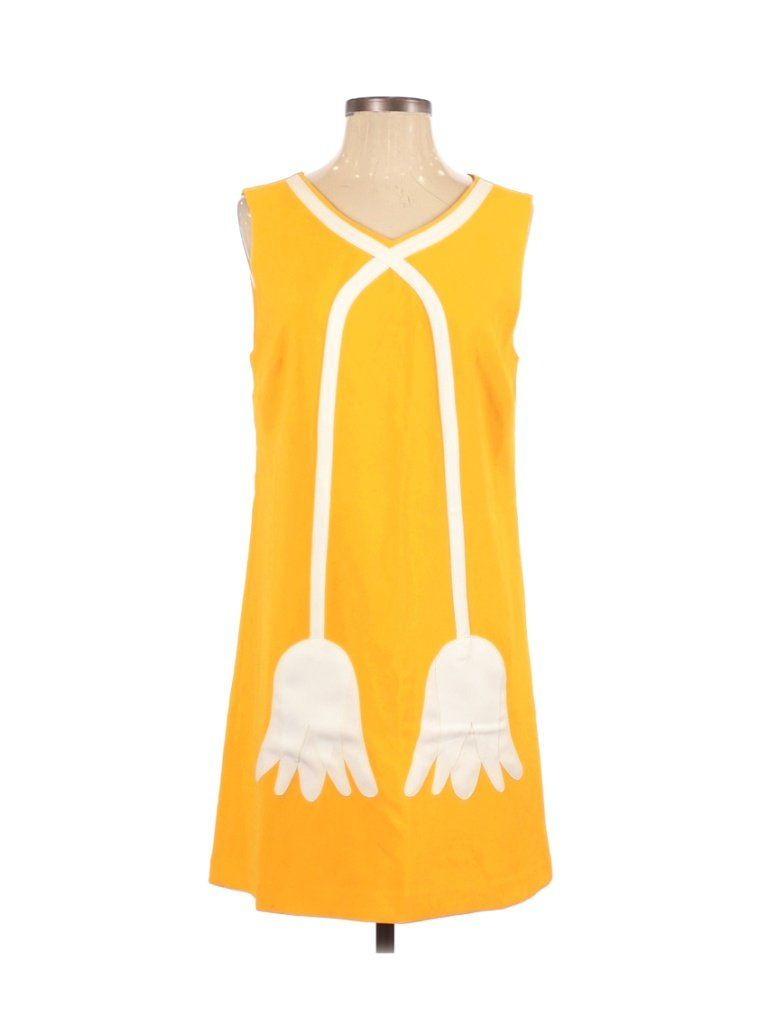 Victoria Beckham For Target Cocktail Dress Mini Yellow Color Block Dresses Used Size Medium In 2021 Victoria Beckham Target Colorblock Dress Block Dress [ 1024 x 768 Pixel ]