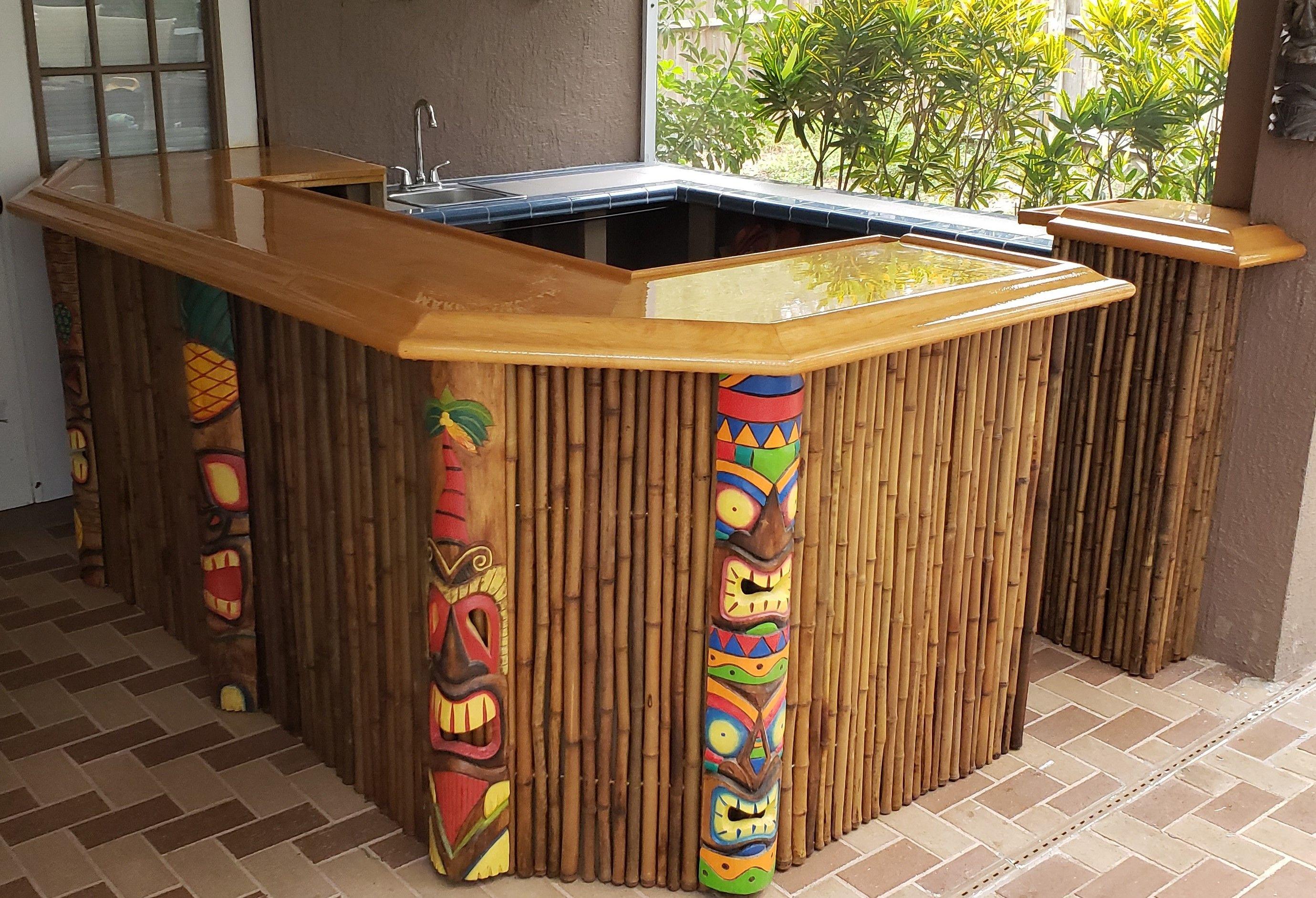 Custom Tiki Bar with BR475 bar rail molding. in 2020 ...