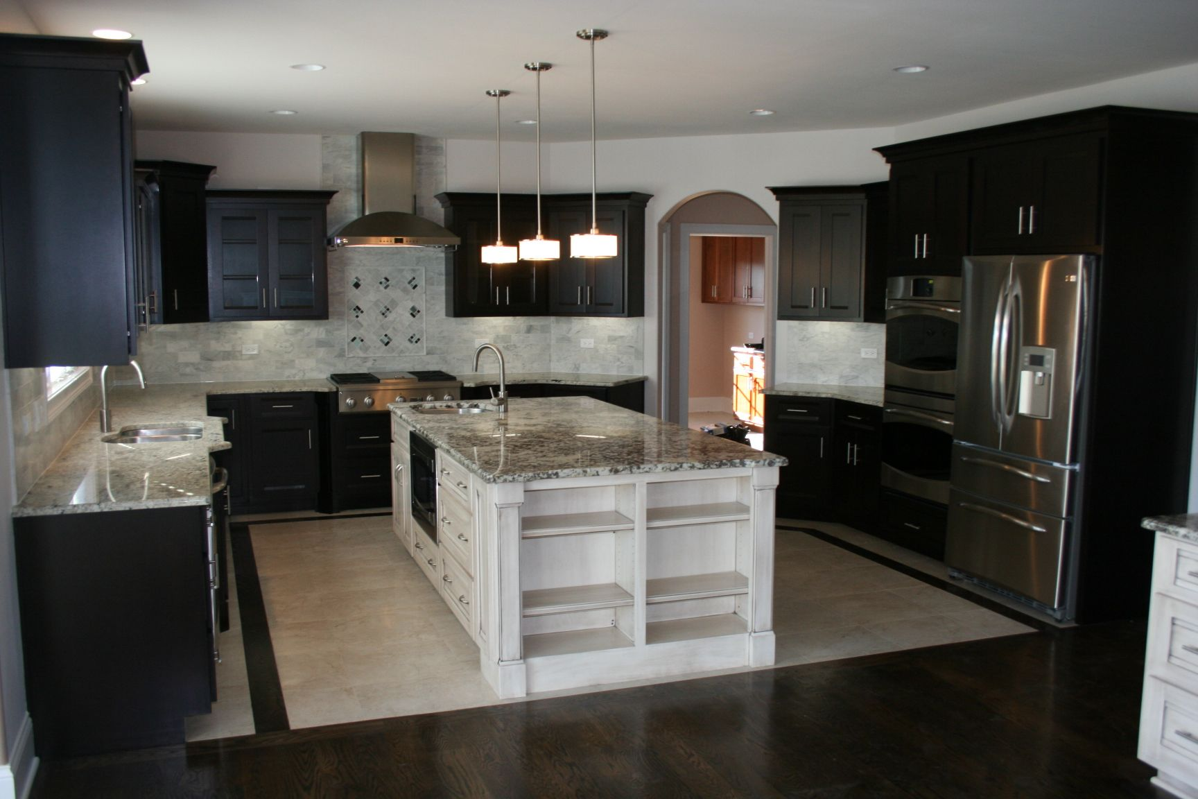 Modern Kitchen Black Cabinets Contrasting White Island Grey