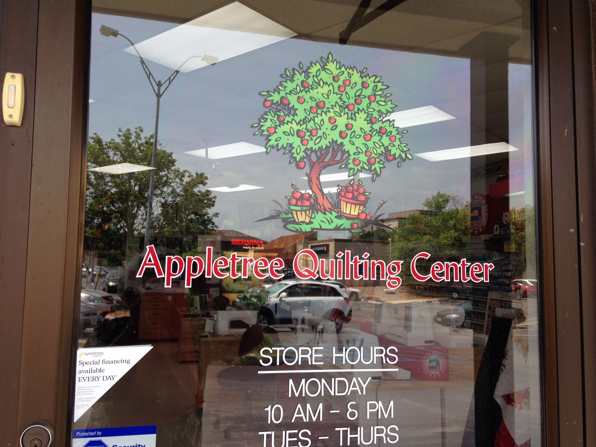 Apple tree Quilting Center, Columbia, MO. Row by Row shop. Nice ... : apple tree quilting - Adamdwight.com