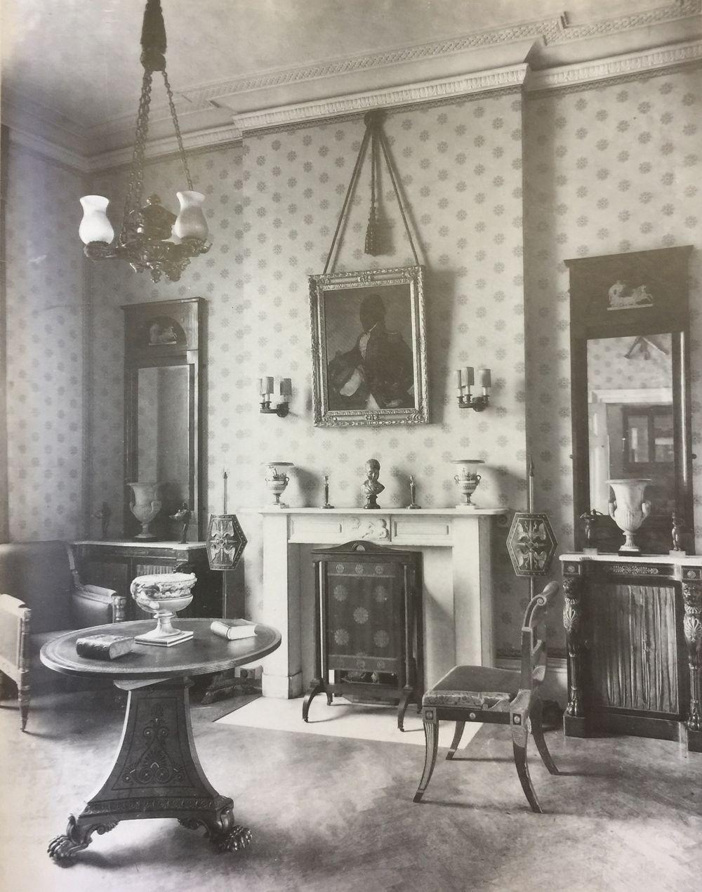1920 Farmhouse Kitchen