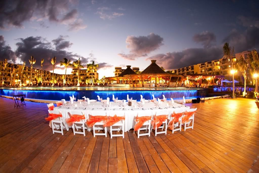 Rivera Pool dreams riviera cancun pool deck wedding inspiration