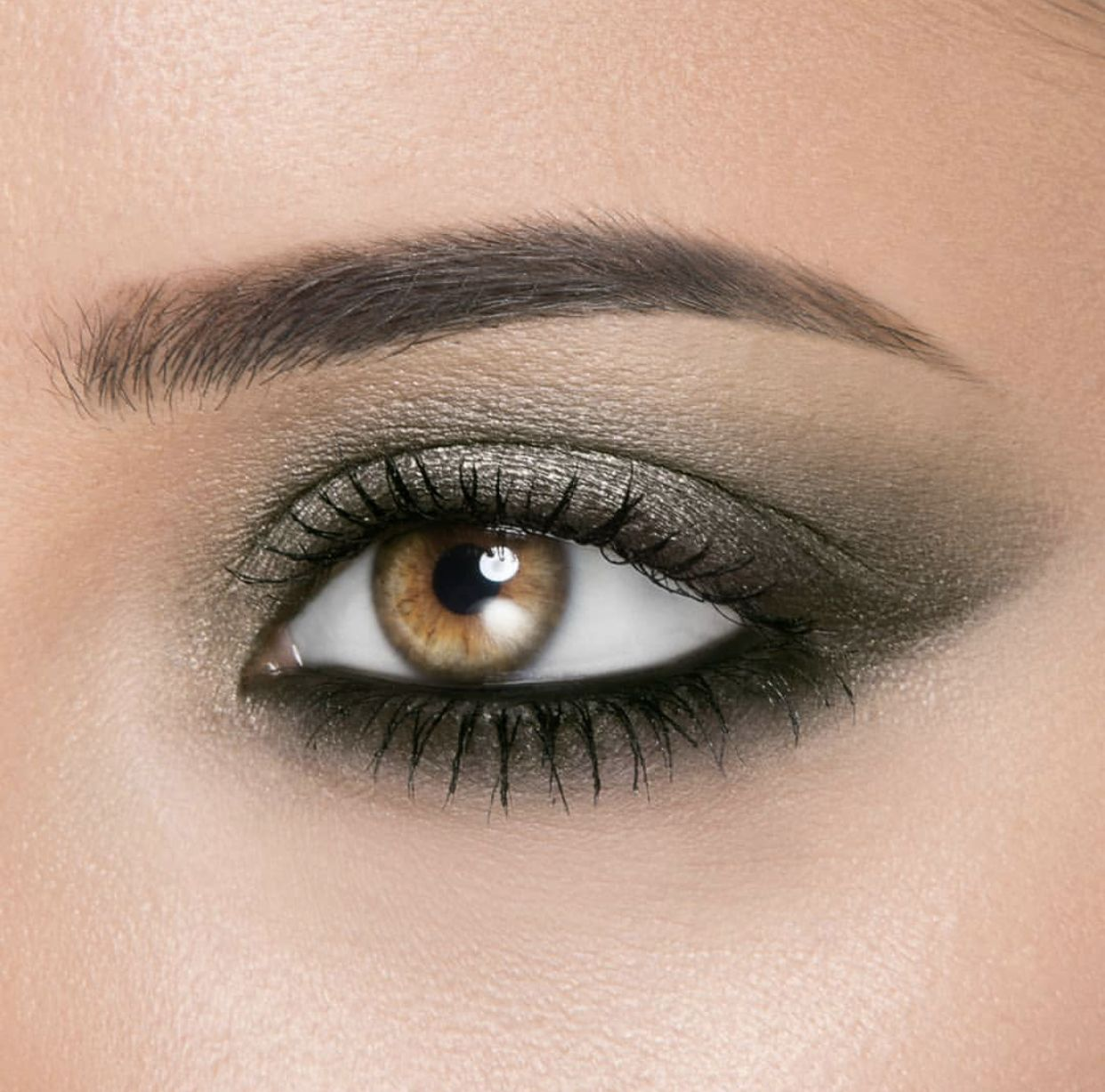 Pin By Deanna Pavlov On Tattoos: #eyeshadow #eyeshadowtutorial #eyeshadowswatches