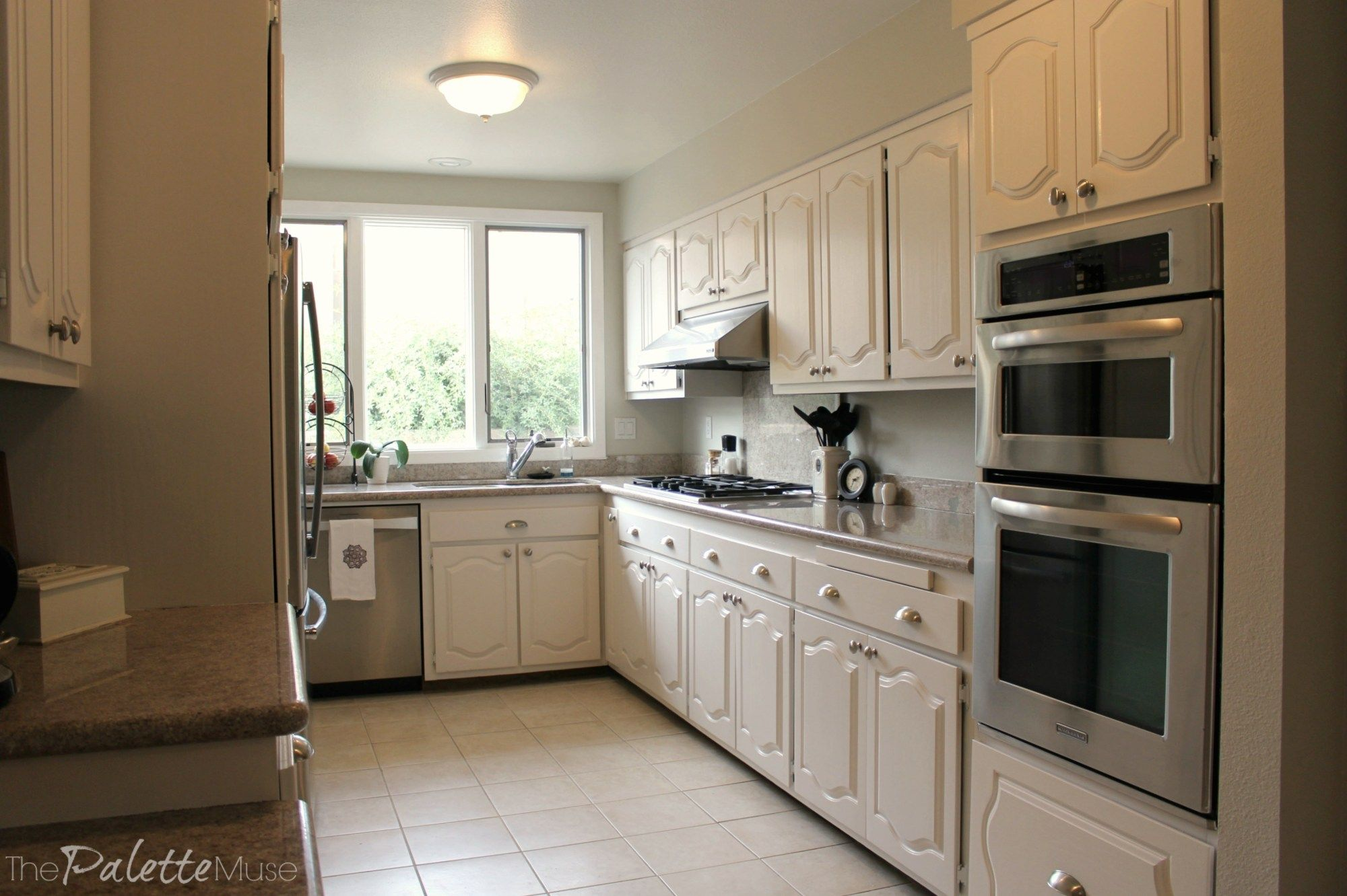 the best way to paint kitchen cabinets no sanding on best paint for kitchen cabinets diy id=87953