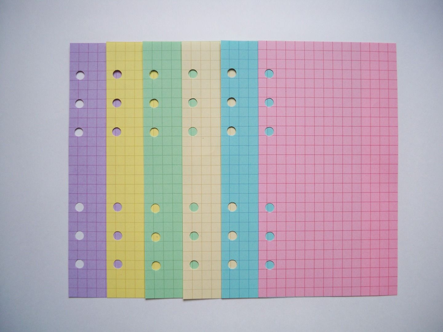 colored graph paper from piaric  30 pages for  7 55