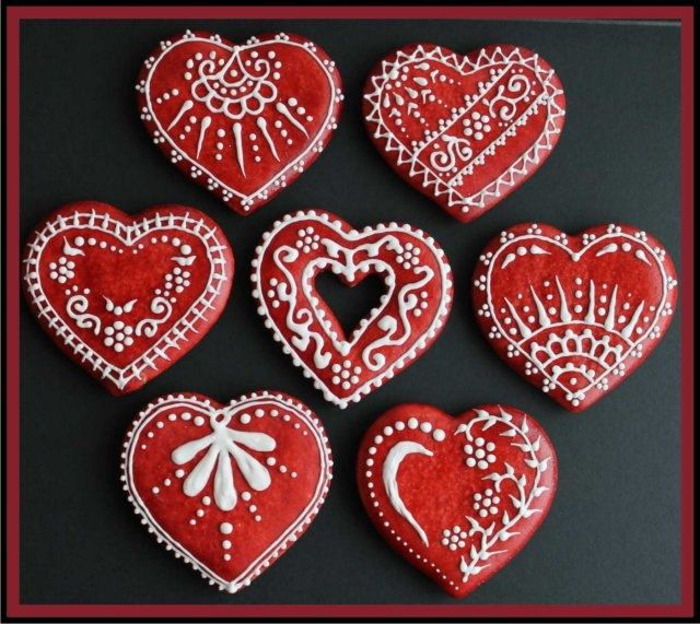 Custom Made Hand Decorated Red Gingerbread Hearts Set Of 6 18 00