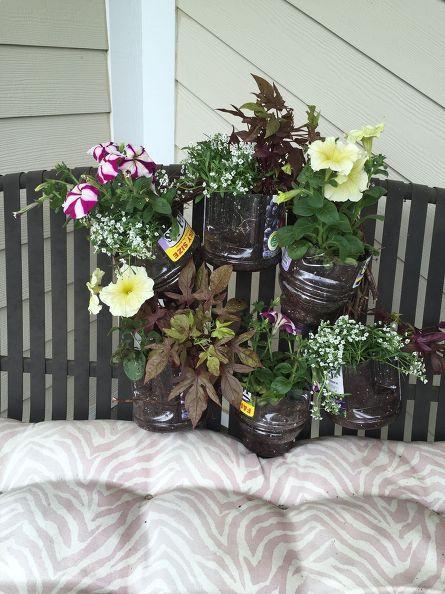 plastic bottle planter wreath, container gardening, crafts, flowers, gardening, wreaths