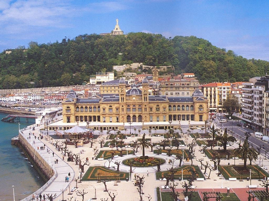 San Sebastian, Spain. Probably the nicest place I have ever been ...