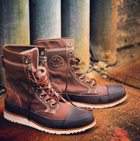 New converse... Yeah.. I really want these | Converse boots ...
