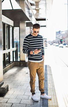 Men's casual: Triped sweater, khaki joggers, white vans