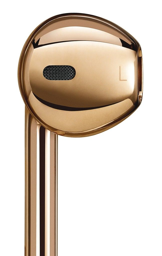 Real Gold Apple Earpods Sold for 461000