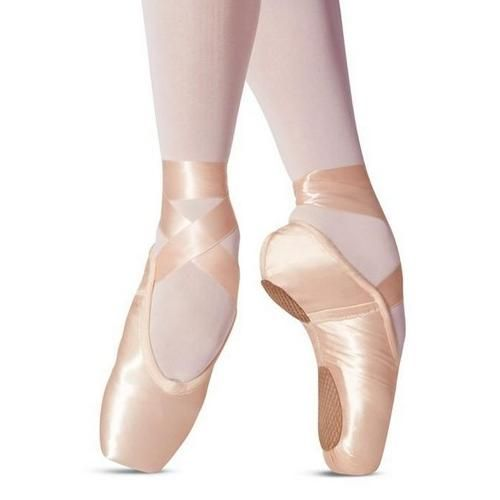 Split Sole Pointe Shoe By Leo S Thigh High Sock Boots Pointe Shoes Pointy Shoes