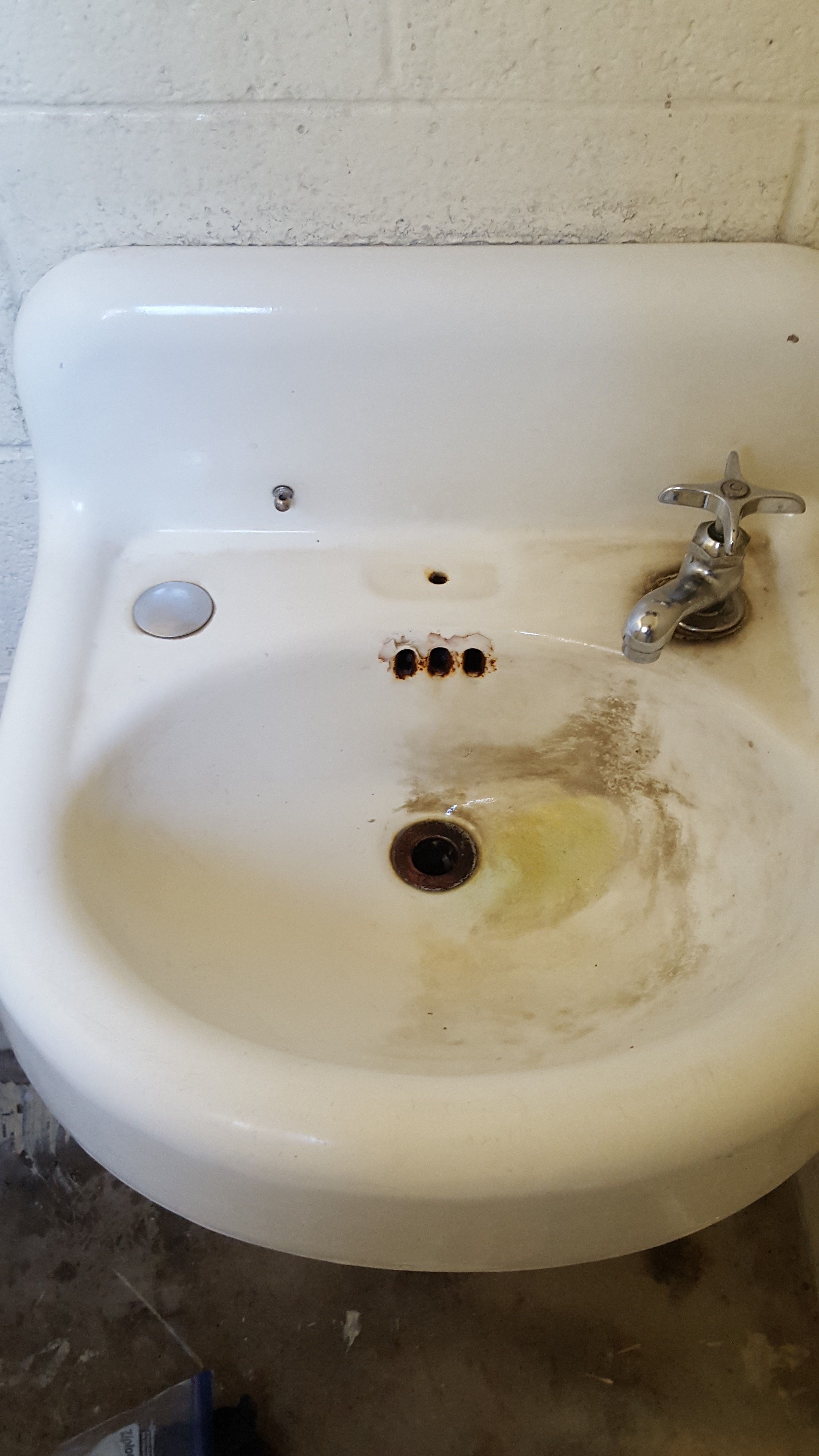45 year old sink, Drill Pads and Bring It On Cleaner did the job ...