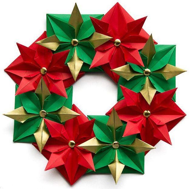 Que diriez vous de cr er une couronne de no l en origami - Decoration de noel en origami ...