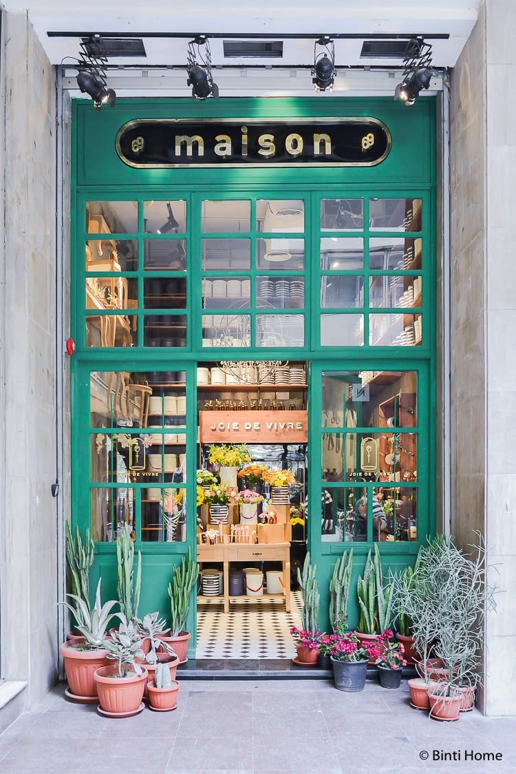Flower shop Cairo : Joie de Vivre at new hotspot Maison69 #florists