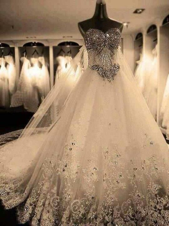 Blinged Out Wedding Dress If I Ever Get Married My Dress Will Be This Or That Of The Sort 3 Beautiful Wedding Dresses Wedding Dresses Bridal Gowns
