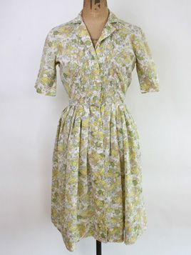 1950s Fruit Print Frock • UK 8: Pretty cotton shirt dress in a delightful lemon and lime illustrated fruit print.