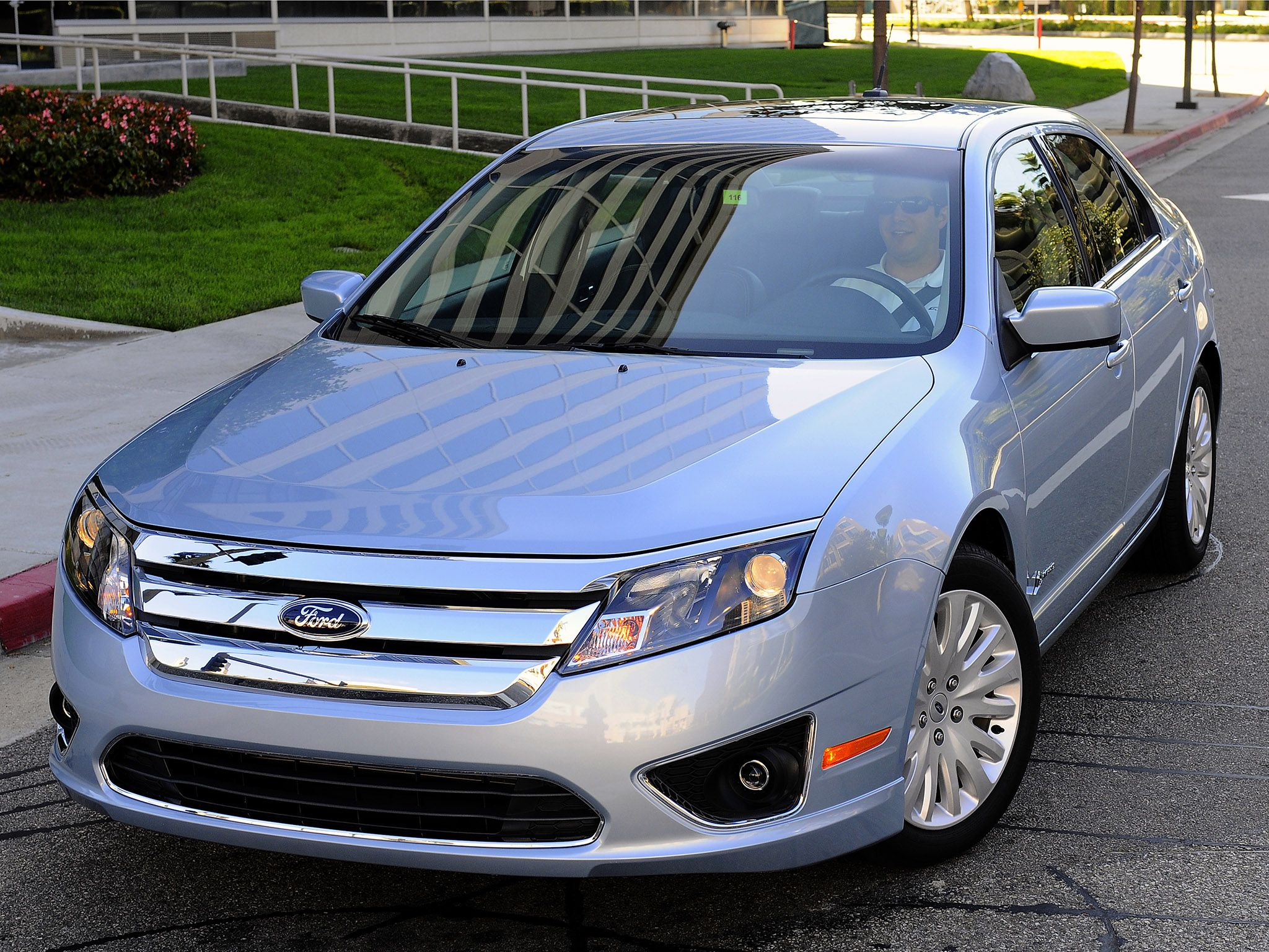 Ford Fusion 2013 Ford Fusion Hybrid Repin And Like Carros Looks
