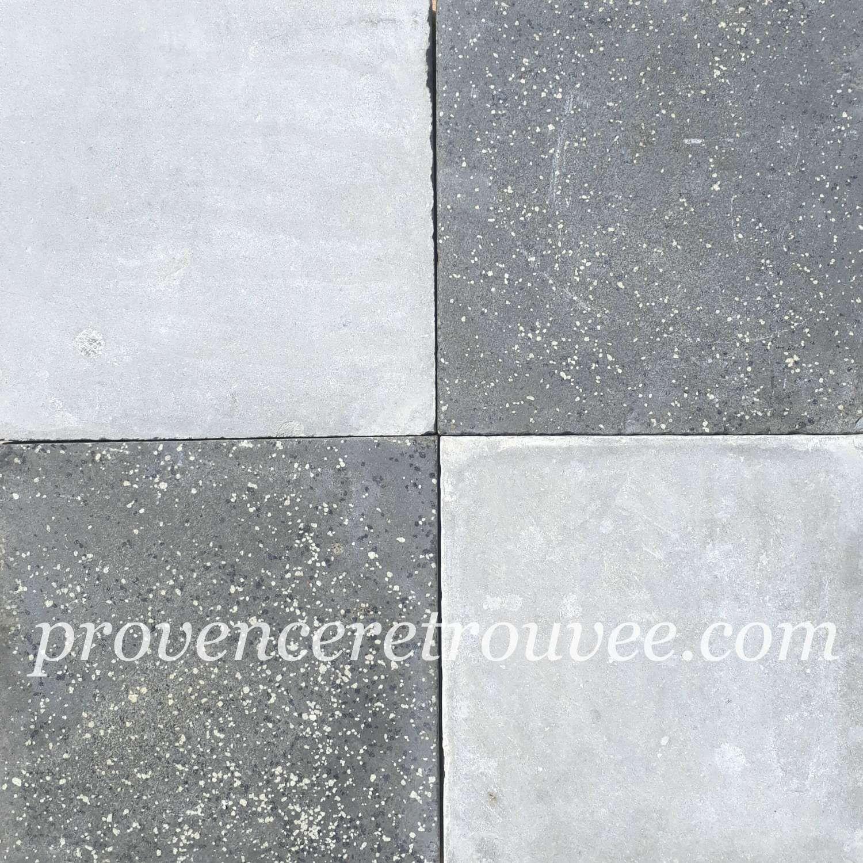 Carrelage Ancien Damier Ciment Gris Clair Et Gris Mouchetes Points Blancs Origine Sete Form Carreaux De Ciment Anciens Carreau De Ciment Carreaux Ciment