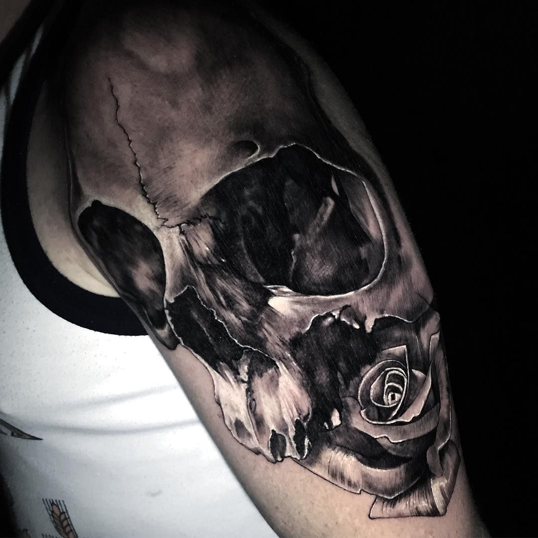Pin Di Tatuaggipiercing It Su Tatuaggio Teschio Skull