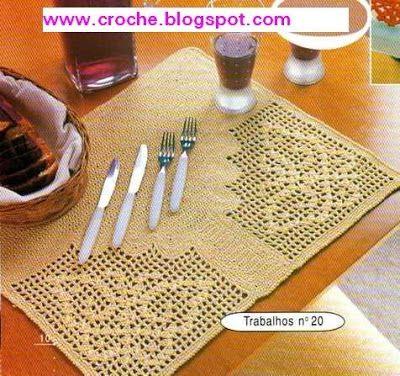 Crochet gold: Centerpiece of filet!