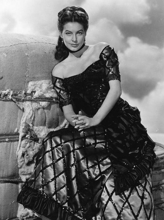 Ava Gardner   Vintage hollywood glamour, Hollywood glamour