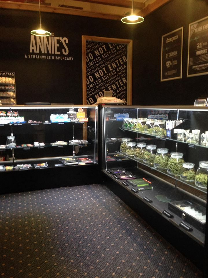 Worlds First Recreational Marijuana Sales License Issued In Colorado Weed Shop Buy Cannabis