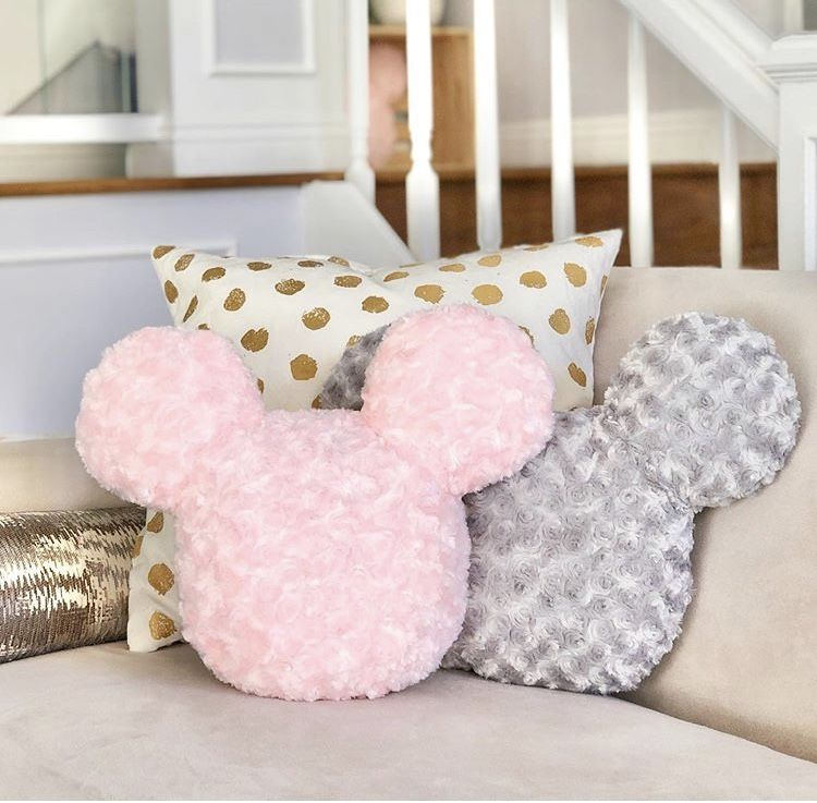 Pin By Duilio On Accesorios De Micky Mouse Plush Pillows Pillows Pink Pillows