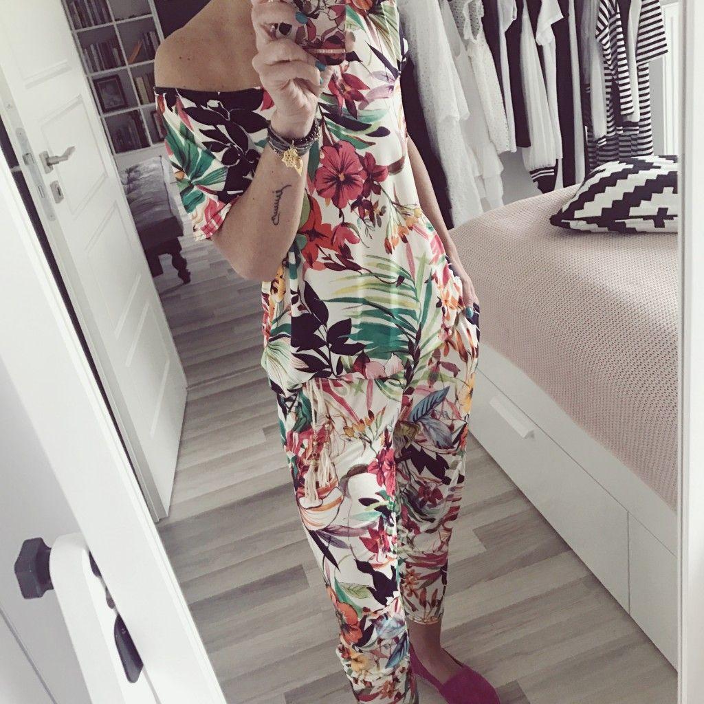 Kolorowy Kombinezon Damski W Kwiaty Fashion Womens Fashion Women