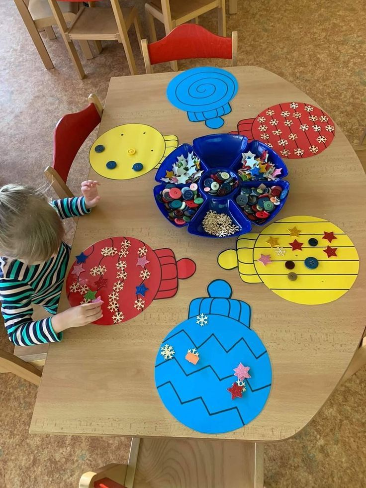 Keep the Kids Busy This Christmas Season with a Fine Motor Counting Activity