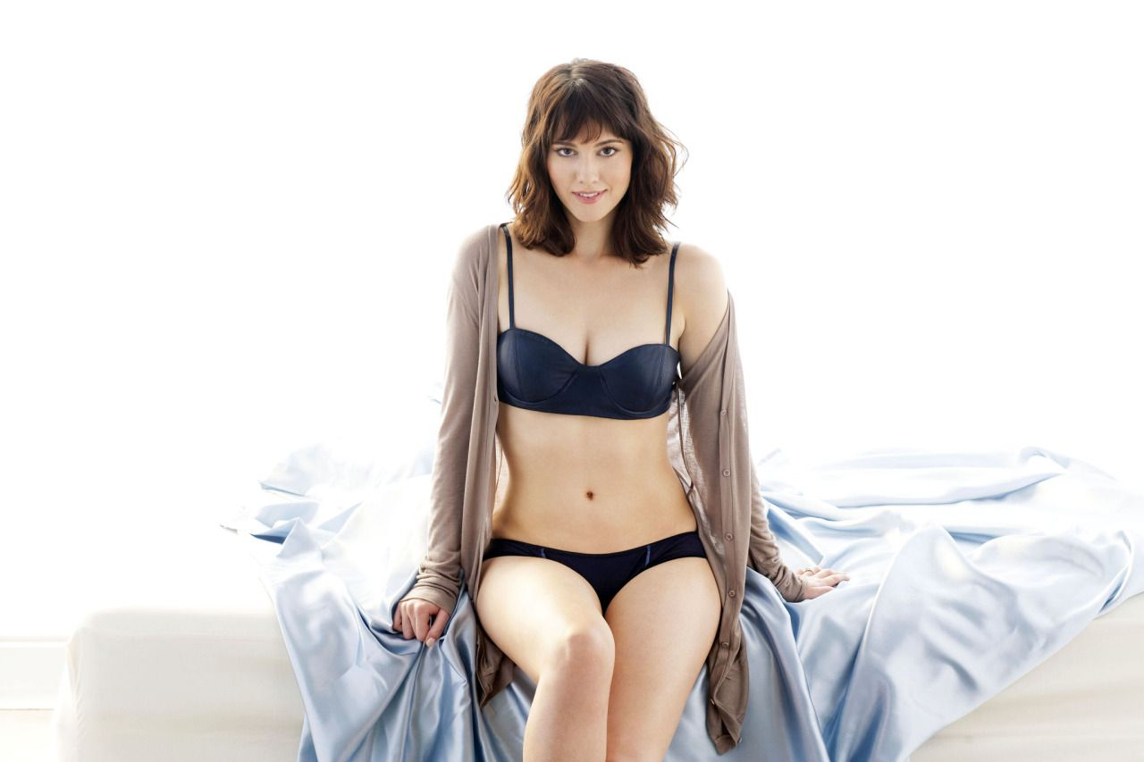 Tattoo ideas for male chest dailyhottcelebs ucmary elizabeth winstead ud  movie buff  pinterest