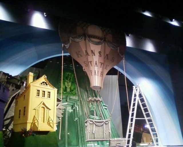 Hot Air Balloon Ideas For The Wizard Of Oz   Google Search