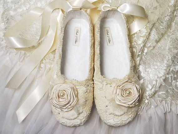 Wedding Shoes Women\'s Bridal shoes Vintage Lace Wedding Ballet Style ...