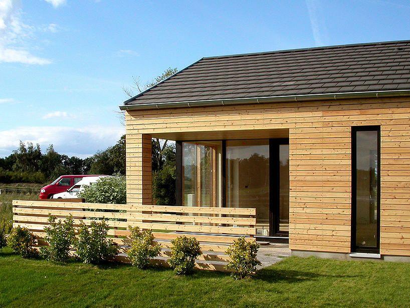 Modernes Holzferienhaus an der Ostsee für 4 Personen mit 2