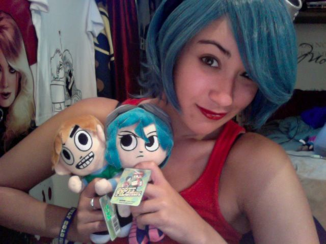 Ramona Flowers hair and makeup by Captain-Fluffykins on ...