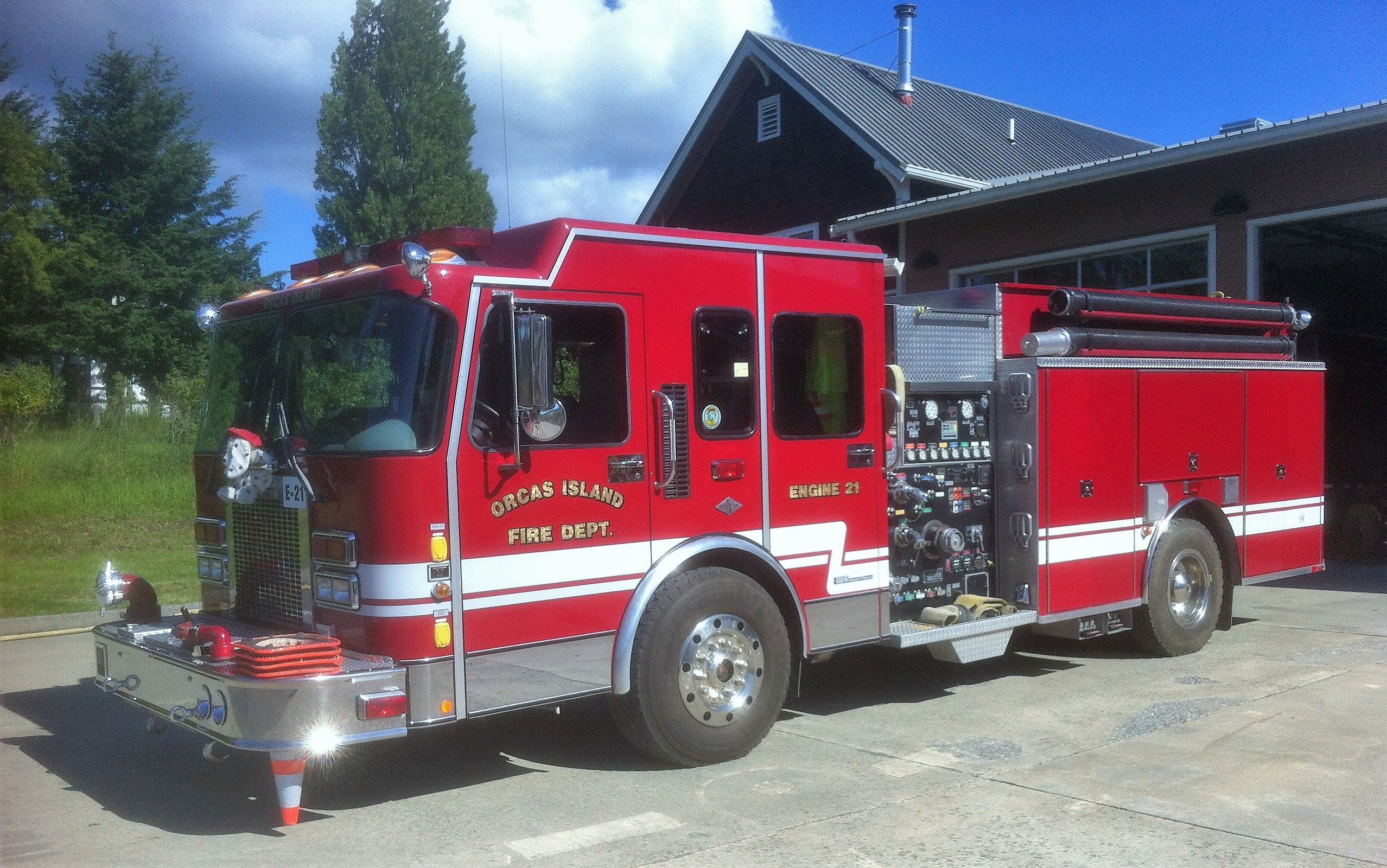 orcas island fire rescue engine 21 1999 spartan h w 1250 1000 cafs engine  [ 2556 x 1600 Pixel ]