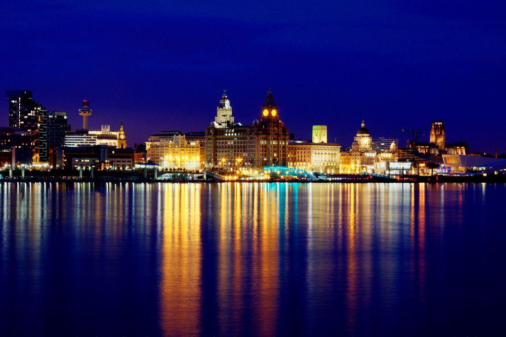 Liverpool Waterfront | Liverpool Waterfront View On Black | Jeff | Liverpool waterfront ...